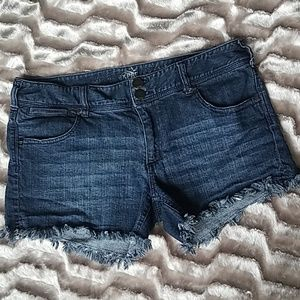 Express raw hem denim shorts Sz. 10